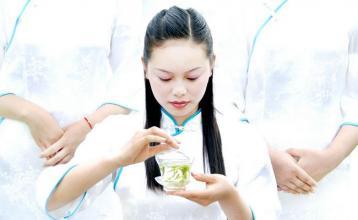蜂蜜绿茶减肥法|绿茶功效