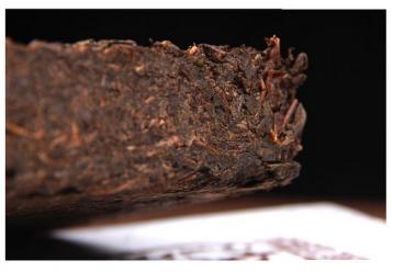 安化黑茶砖茶中为什么有那么多茶梗