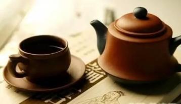 普洱茶品牌战升级 懂茶的喝不起 藏茶的不喝茶
