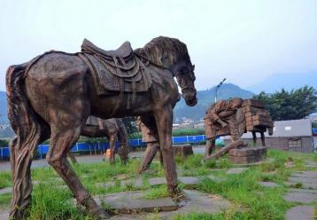 雅安茶马古道雕塑摄影图|茶马古道图片