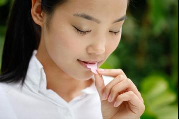 秋季女性喝什么花茶最美容养颜?