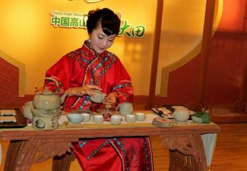 祁门红茶的茶艺表演欣赏|红茶茶艺表演解说词