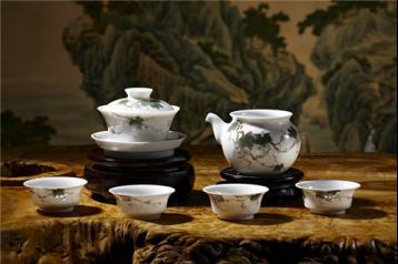 陶瓷茶具很实用,可你未必懂买|茶具资讯