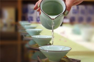 泡茶之公道杯名字的由来|茶道六君子