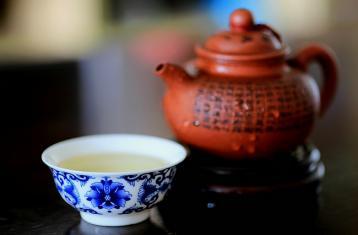 紫砂壶开壶之煮茶叶的时间