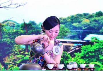 台湾乌龙茶的盖碗泡茶法