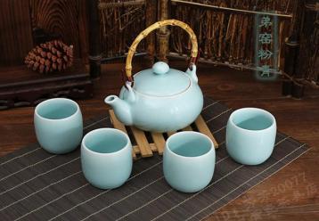 青瓷茶具怎么样?龙泉青瓷茶具好吗?