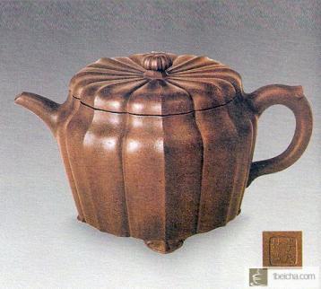 闻名遐迩的李茂林菊花八瓣壶