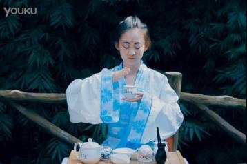 安康紫阳焕古茶叶广告