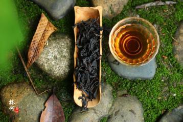 2016年最新大红袍茶叶价格详情