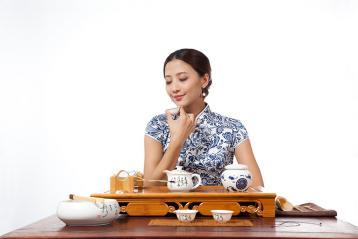 品茶品茶茗图|美女品茶图片