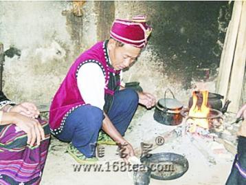 云南佤族的茶文化